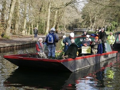 Volunteers at Basingstoke canal
