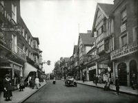 Guildford High Street with W Williamson & Sons on left, c.1923 (SHC ref 6316/2079)