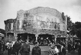 Billy Smart's 'Ben Hur', Ealing Common, 18 June 1943 (Ref 6790/4/6 F2883)