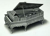 Broadwood piano for Queen Mary's dolls house